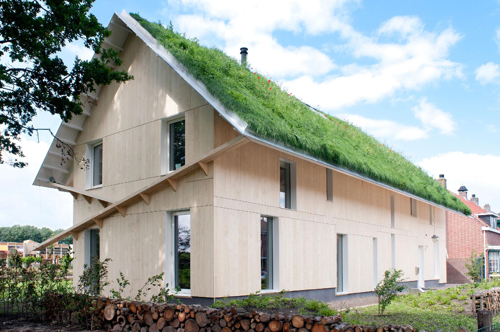 Case Di Tronchi Romania : Greenbuild case in legno massiccio